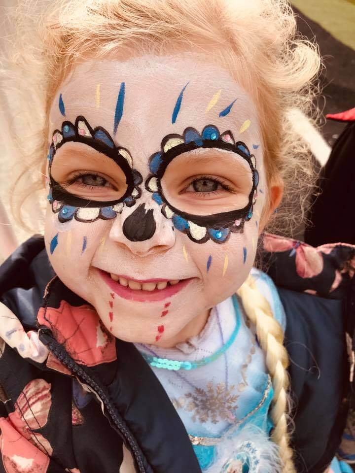 halloween camp mullingar girl with painted face
