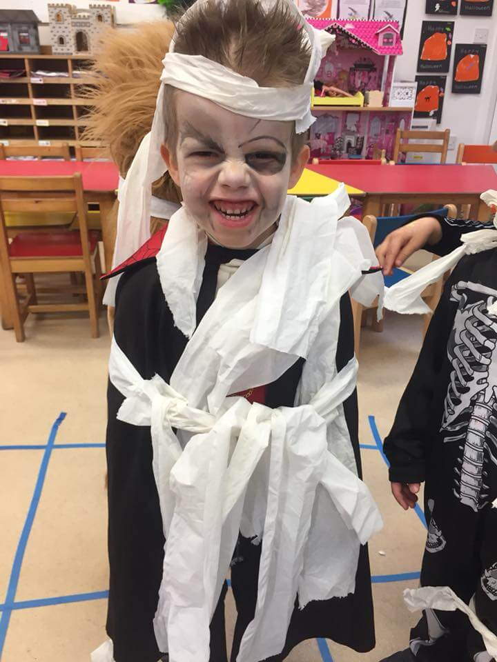 halloween camp mullingar kid dressed as dracula
