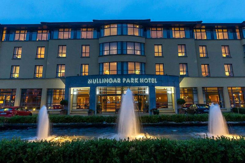 Mullingar-Park-Hotel-Entrance